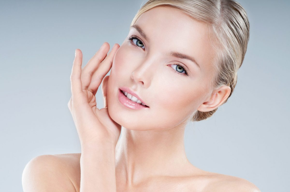 The experienced plastic surgeons of Atlanta Plastic & Reconstructive Specialists discuss the age-defying benefits of laser skin resurfacing.